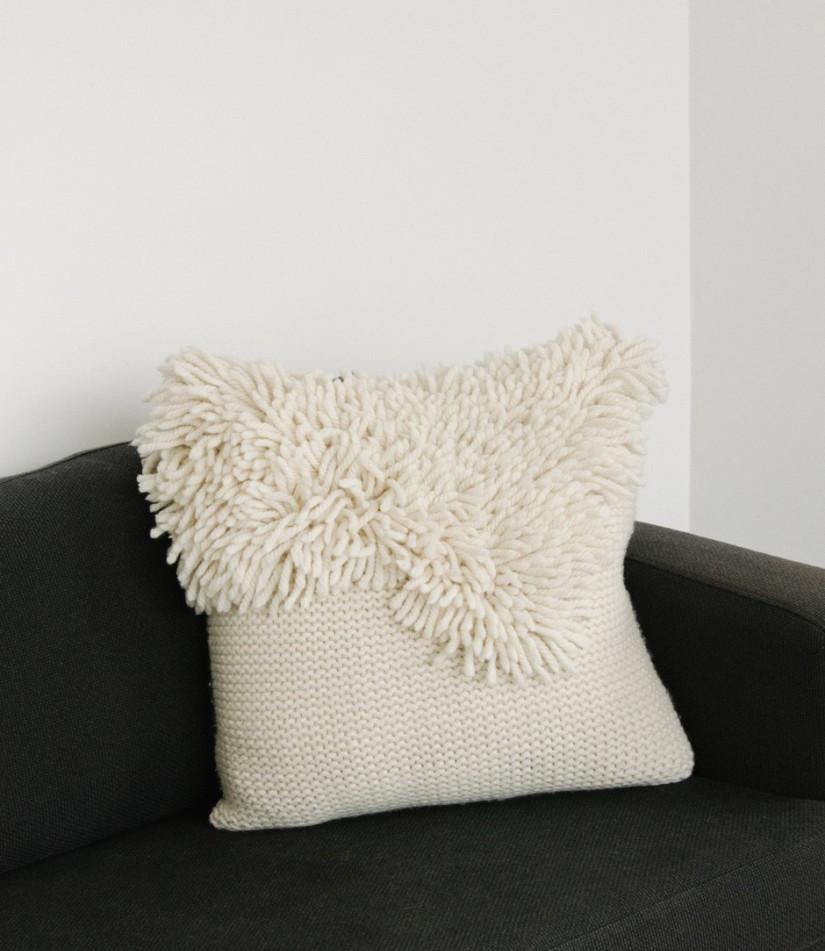 tabula_rasa_kokkola_wave_cushion_cream_3