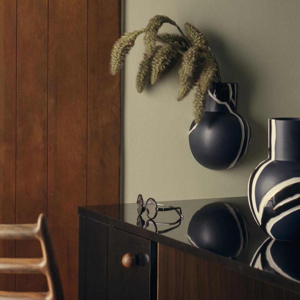 Fiora wall vase and vase midnight blue