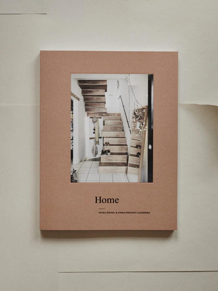 14154_059389456d-home-silk