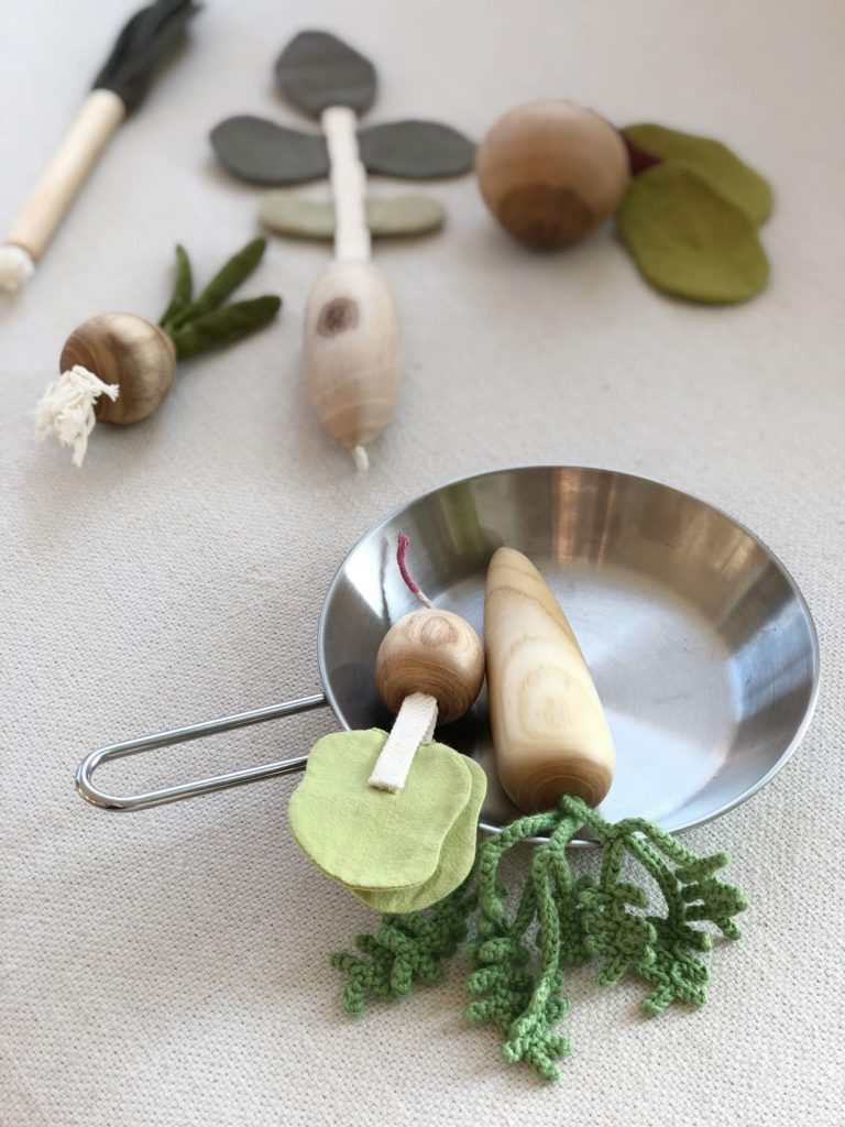 Sustainable wooden play vegetables